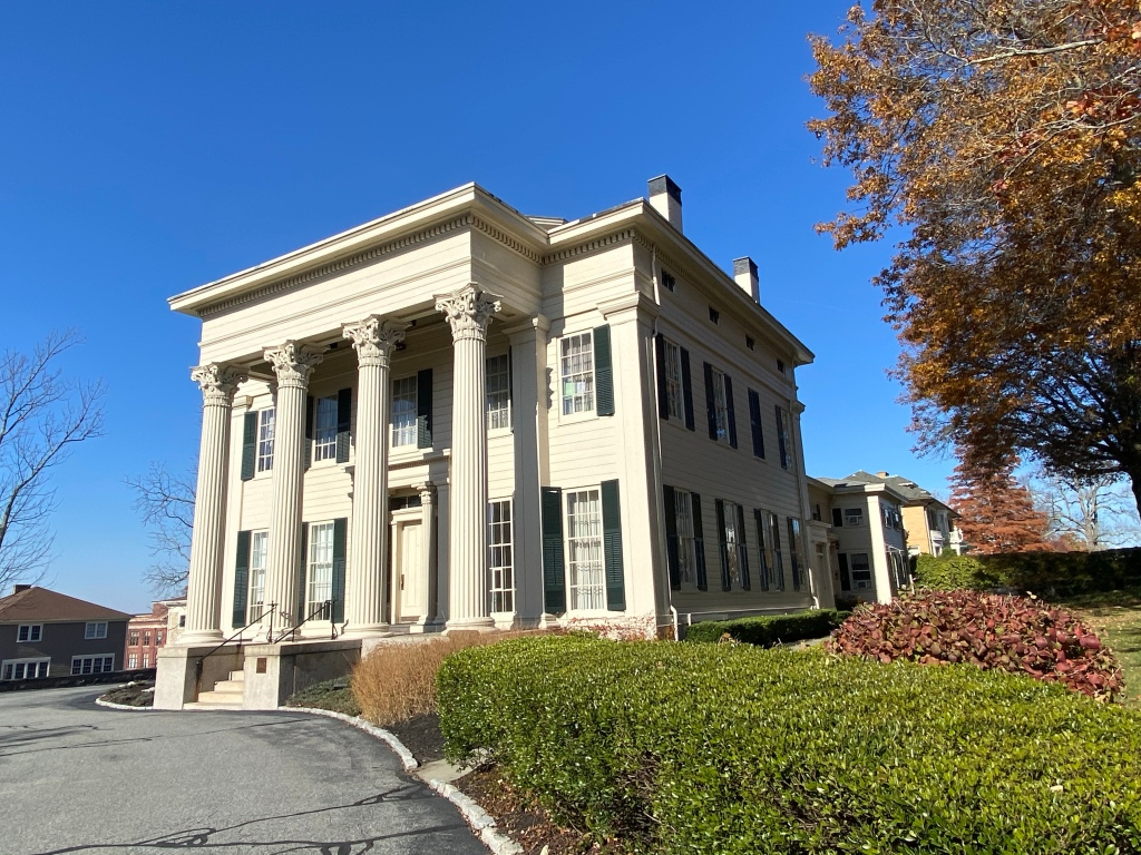 This 1840s mansion was ow